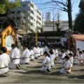 田無道場の皆さんが、田無神社にて寒稽古を行いました(1月22日(日)田無神社にて)