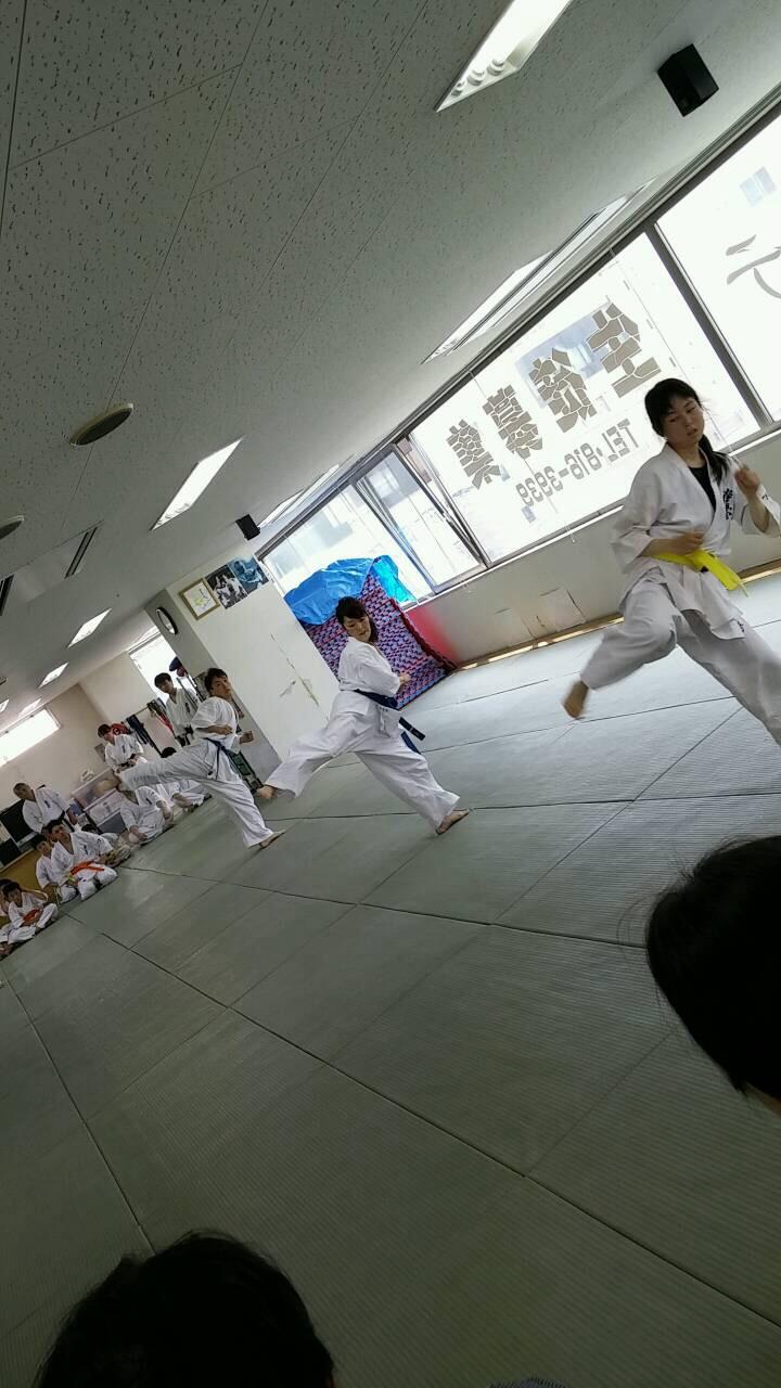 夏季昇級審査会蹴りの移動  008