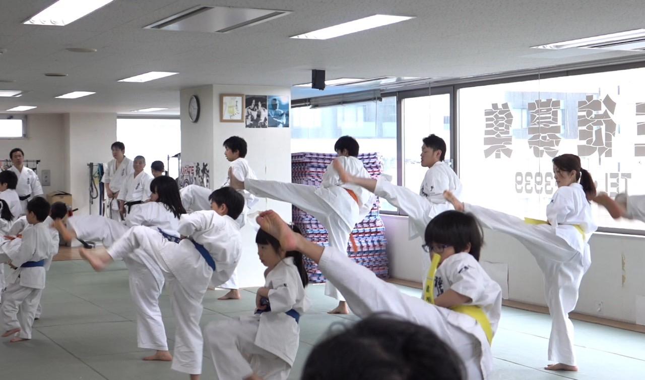 2016春季昇段昇級審査会 基本廻し蹴り004