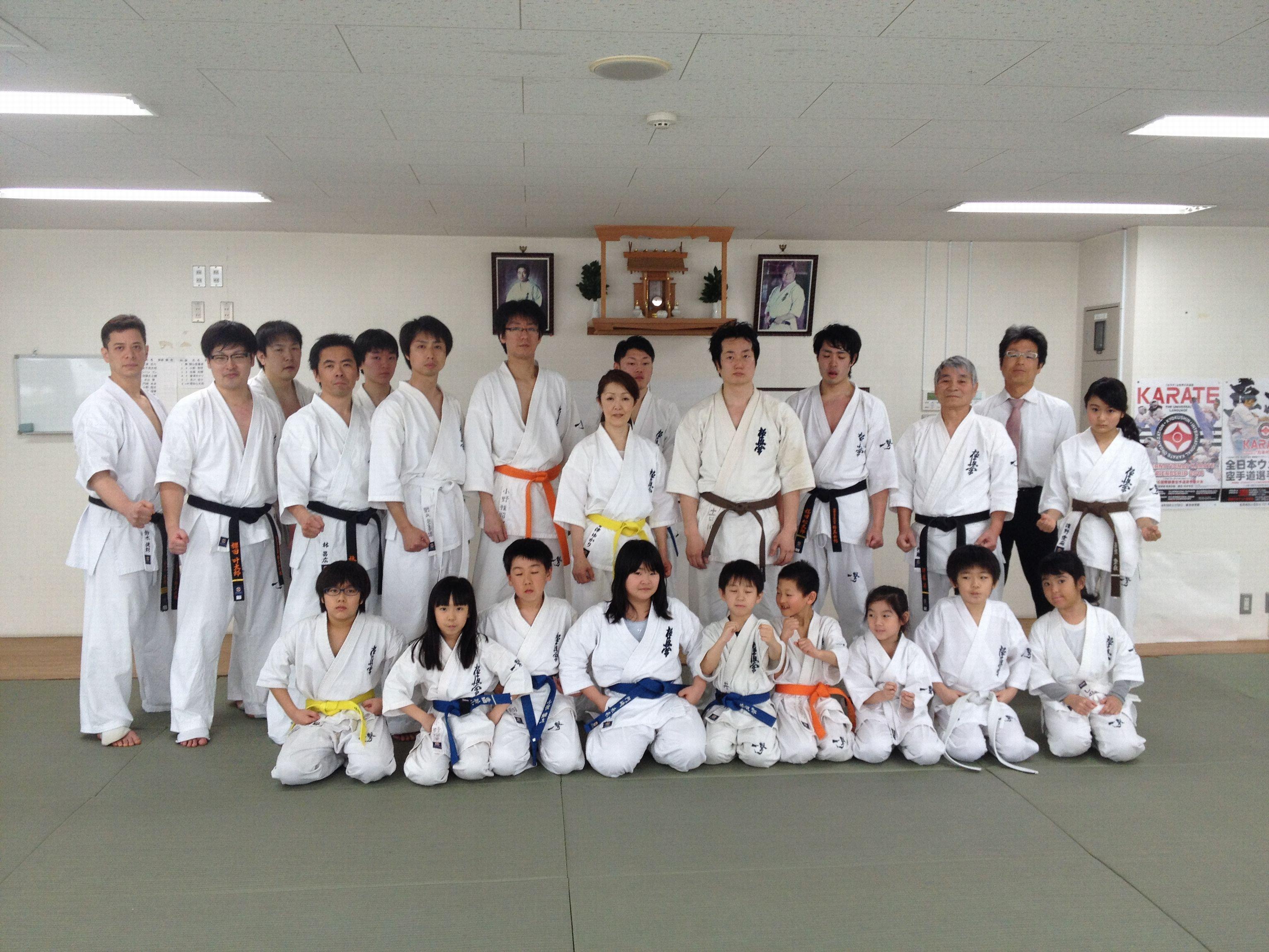 2016春季昇段昇級審査会集合写真 008