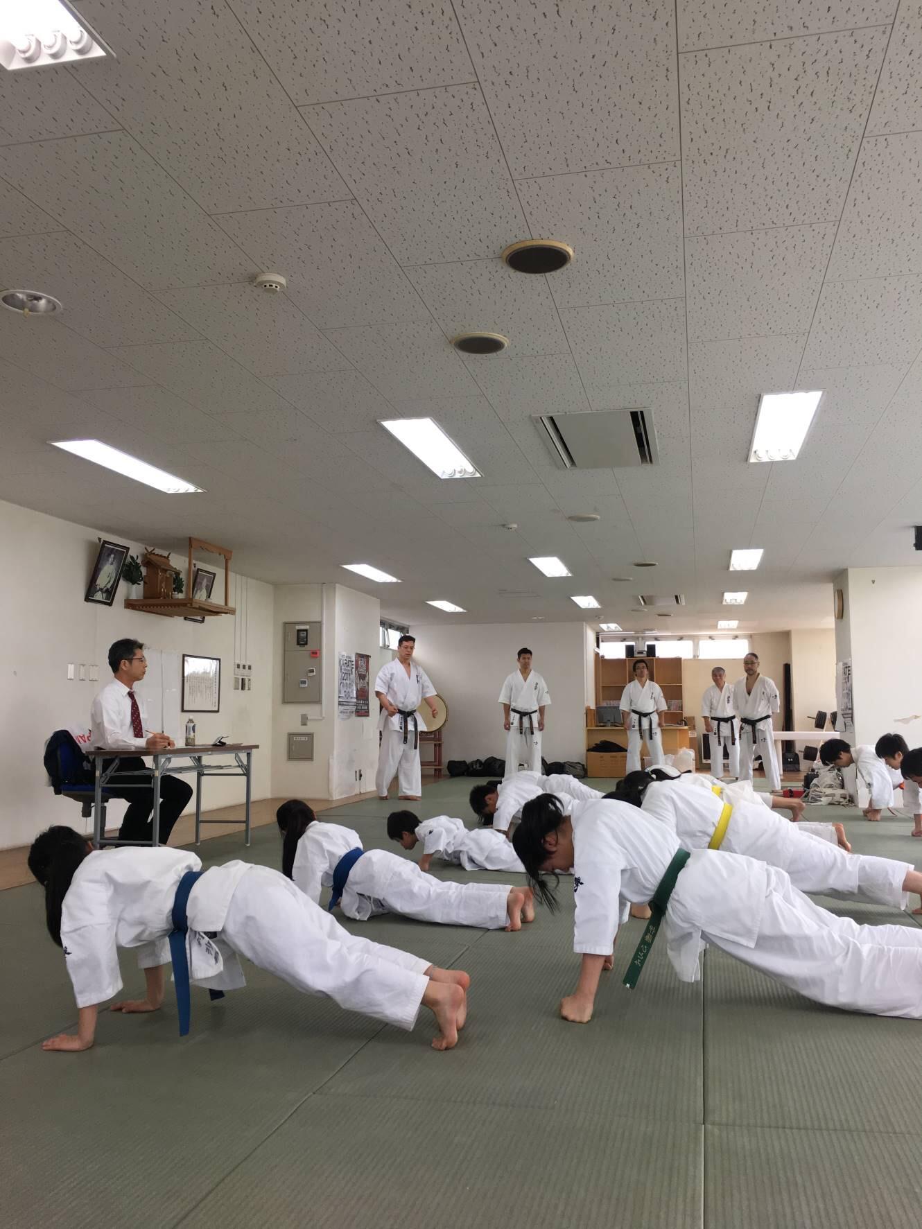 2017春審査拳立てIMG_0835