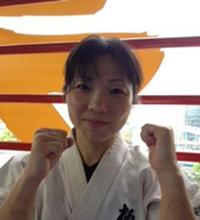 《師範代》 Narita Yoko